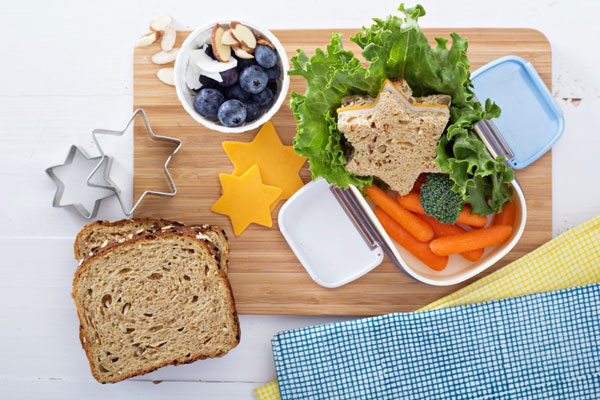 4 parental tips for knockout school kid's lunches