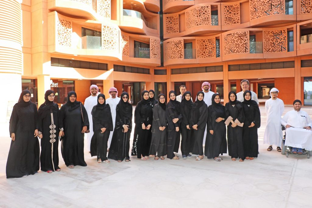 20 UAE Nationals Experience the Excitement of Cutting-Edge Research during Week-Long Internship at Masdar Institute