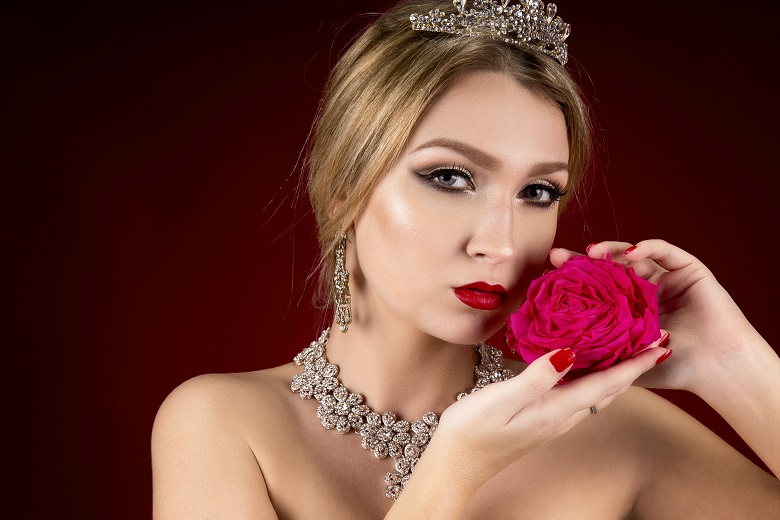 New Beauty Portraits from the Abu Dhabi Photographers!
